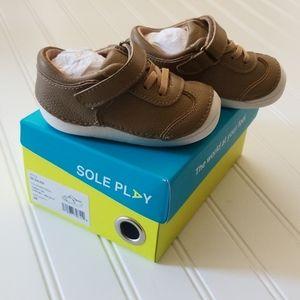 NWT Boys Sole Play Galien Sneakers